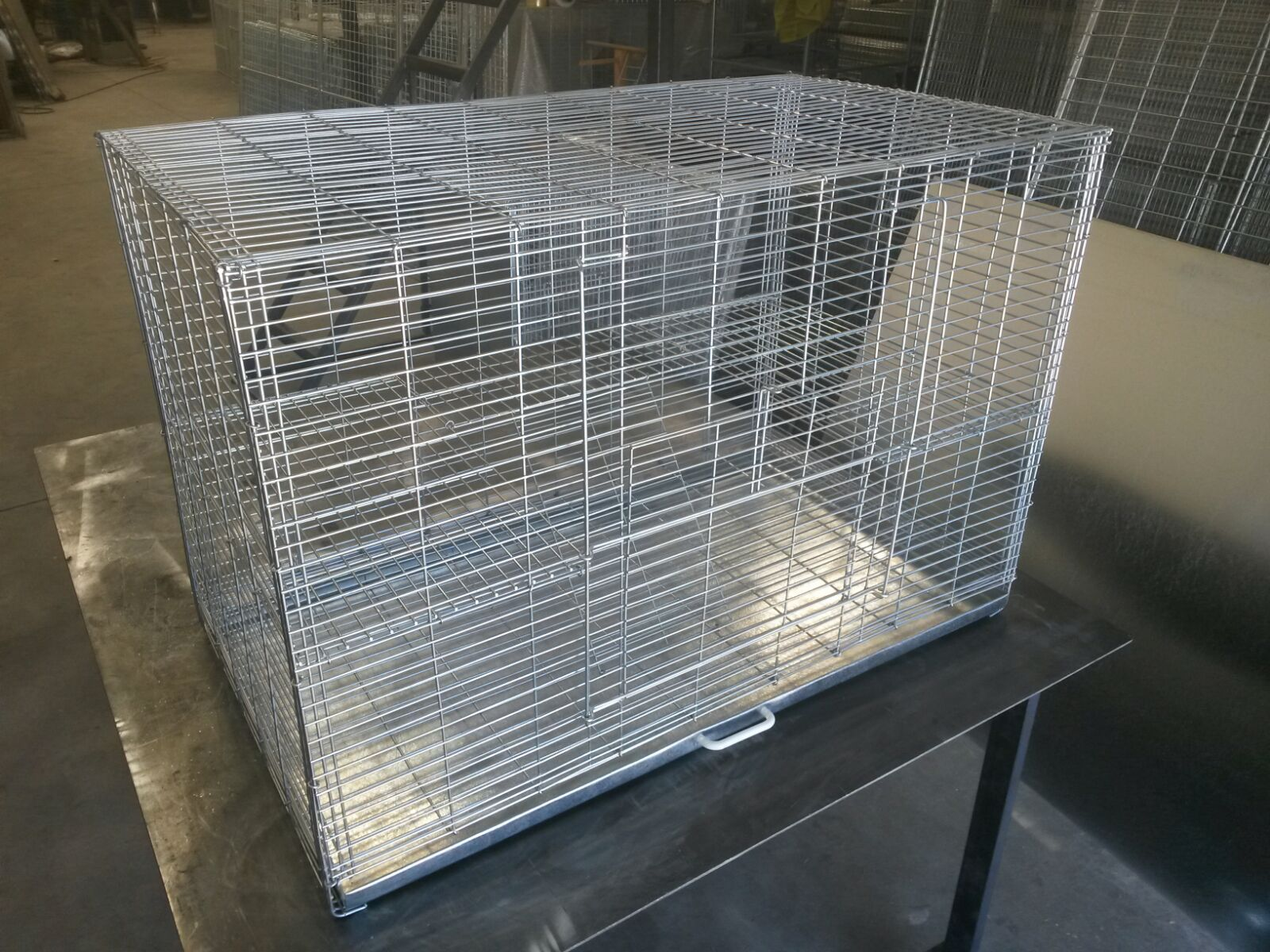 Chinchilla bunny guinea pig cage with shelves and for Guinea pig cage made from bookshelf